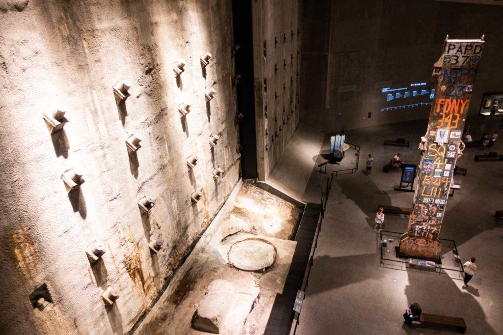 Museet är väldigt stort. Jag rekommenderar starkt att köra den guide turen och sedan gå omkring för dig själv efteråt. Det är väldigt många intryck...