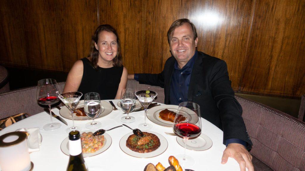 Camilla och jag på The Grill i New York på min 50-årsdag. En fantastiskt mysig kväll.