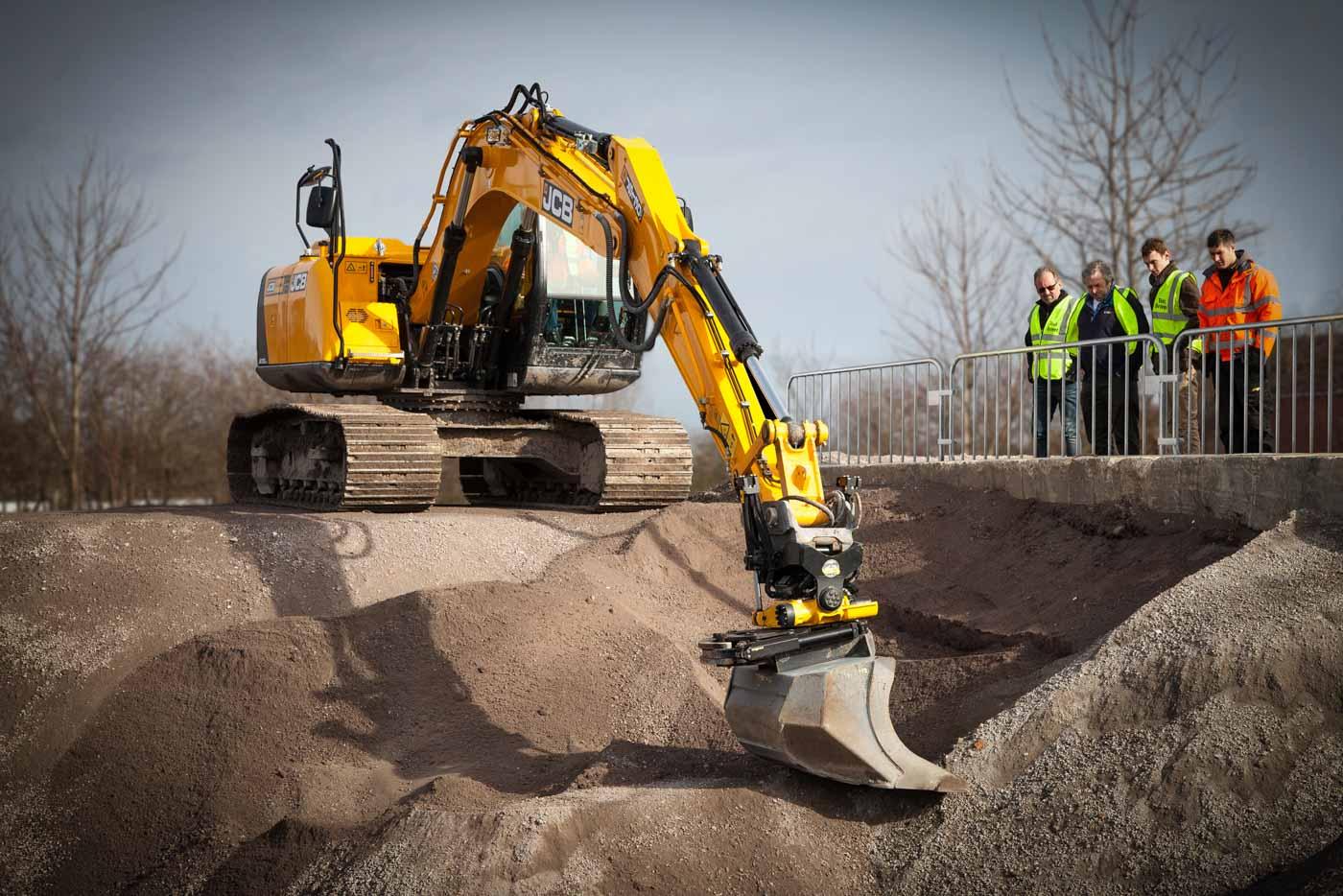 Engcons tiltrotator är världsledande på handleder till grävskopor.