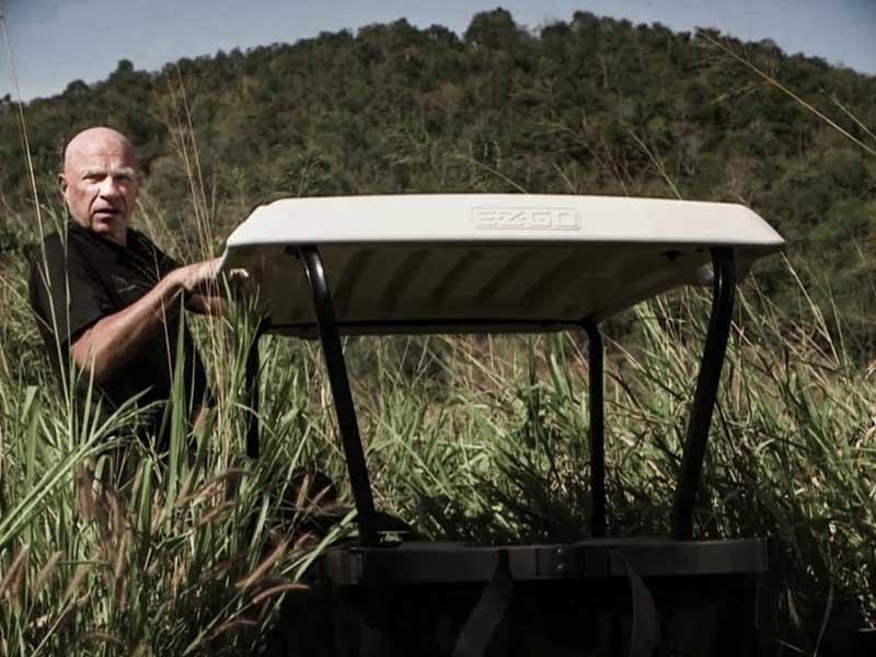 Historien om Black Mountain. En dokumentär om en av Asiens bästa golfbanor. I huvudrollen: Stig Notlov. Av Mattias Brännholm