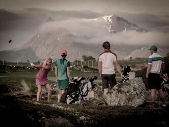Expedition Lofoten hette Galvin Greens kampanj när dom lanserade en ny produktlinje 2017. Det var Mattias Brännholm som producerade filmerna till kampanjen. Filmerna spelades in på Lofoten i norra Norge.