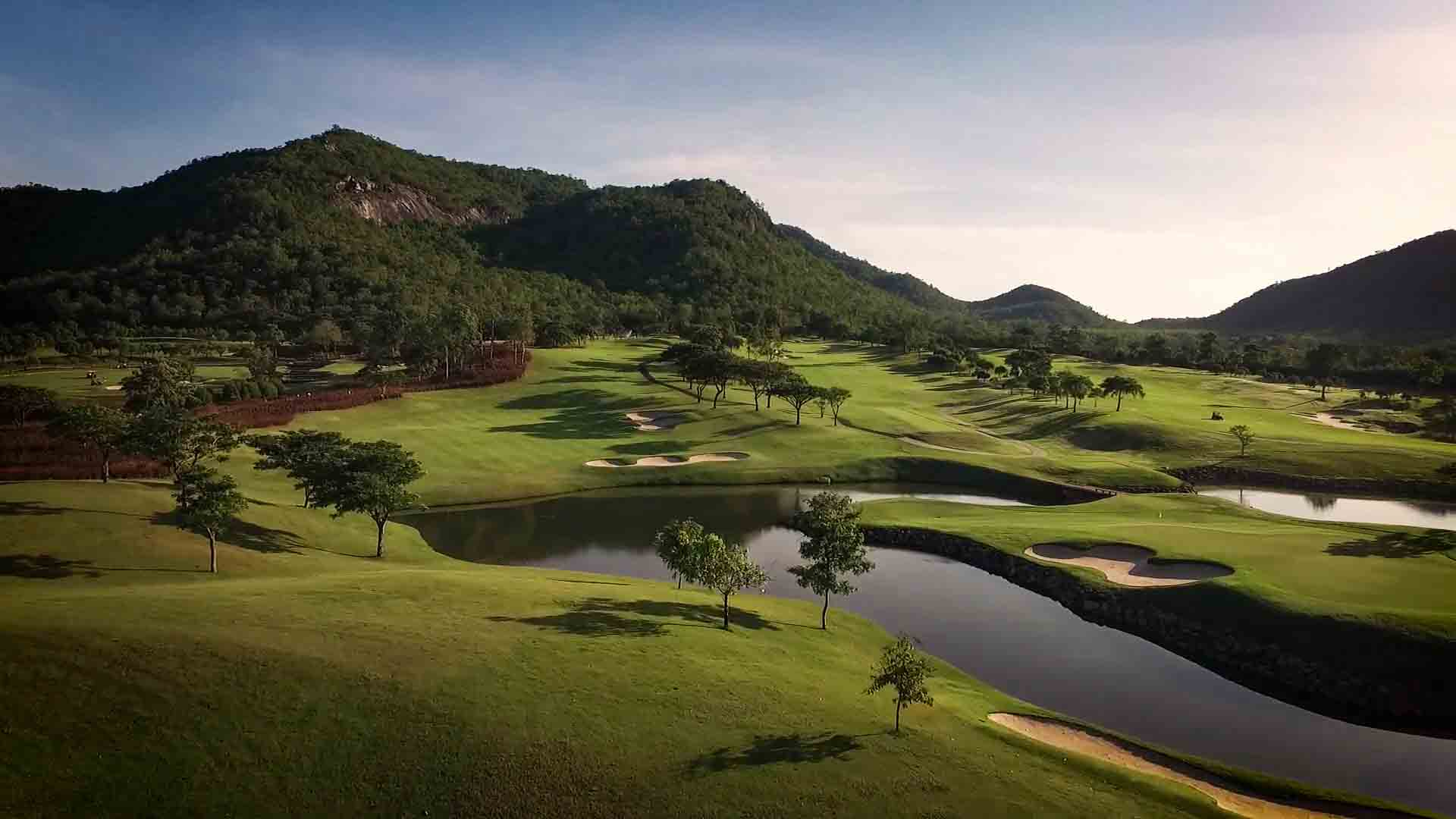 Corporate storytelling. Black Mountain Golf Club i Hua Hin, Thailand, har under flera år jobbat med corporate storytelling.